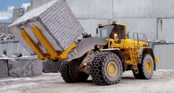 بارگیری سنگ ، بارگیری سنگ های ساختمانی ، حمل و نقل سنگ های ساختمانی ، حمل آسان سنگ